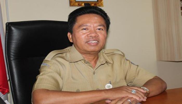 Kepala Sekolah SMA Negeri 1 Denpasar Drs, I Nyoman Purnajaya