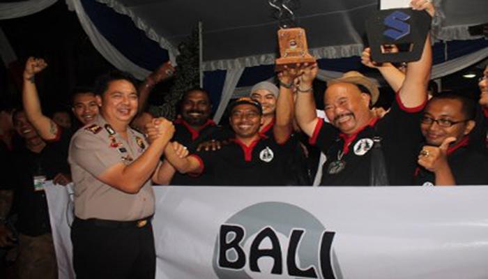 Komunitas Bali9 keluar sebagai juara umum dalam kontes batu akik memperebutkan Piala Kapolres Gianyar
