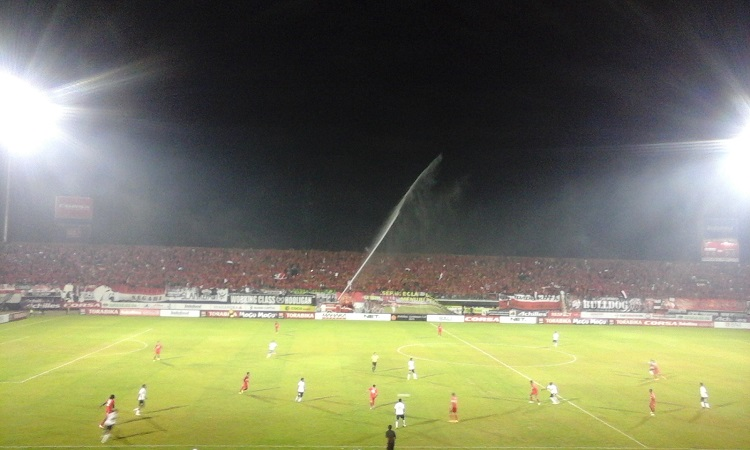 pertandingan Semen Padang vs Bali United Grup B Piala Sudirman di Stadion I Wayan Dipta